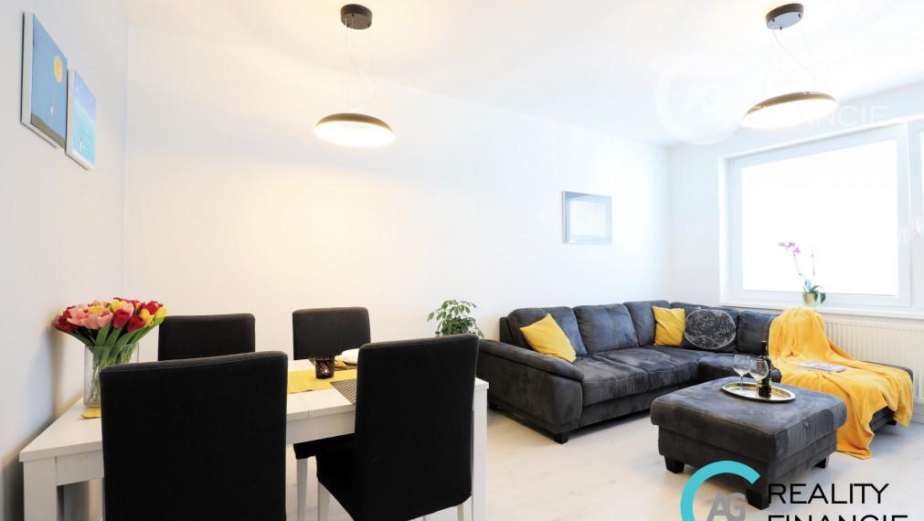 AG reality I REZERVOVANÝ j veľký a slnečný  2-izbový byt v Stupave + parkovacie miesta