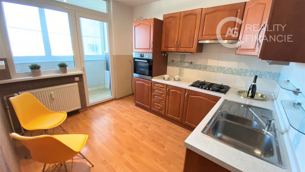 AG REALITY I Na predaj 3 izbový byt s výhodnou polohou a v peknom prostredí Vrakune